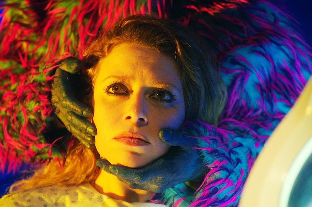"""Yönetmen Danny Perez'in """"Body Horror"""" Türündeki Filmi 'Antibirth'ten Yeni Bir Klip Yayınlandı!"""