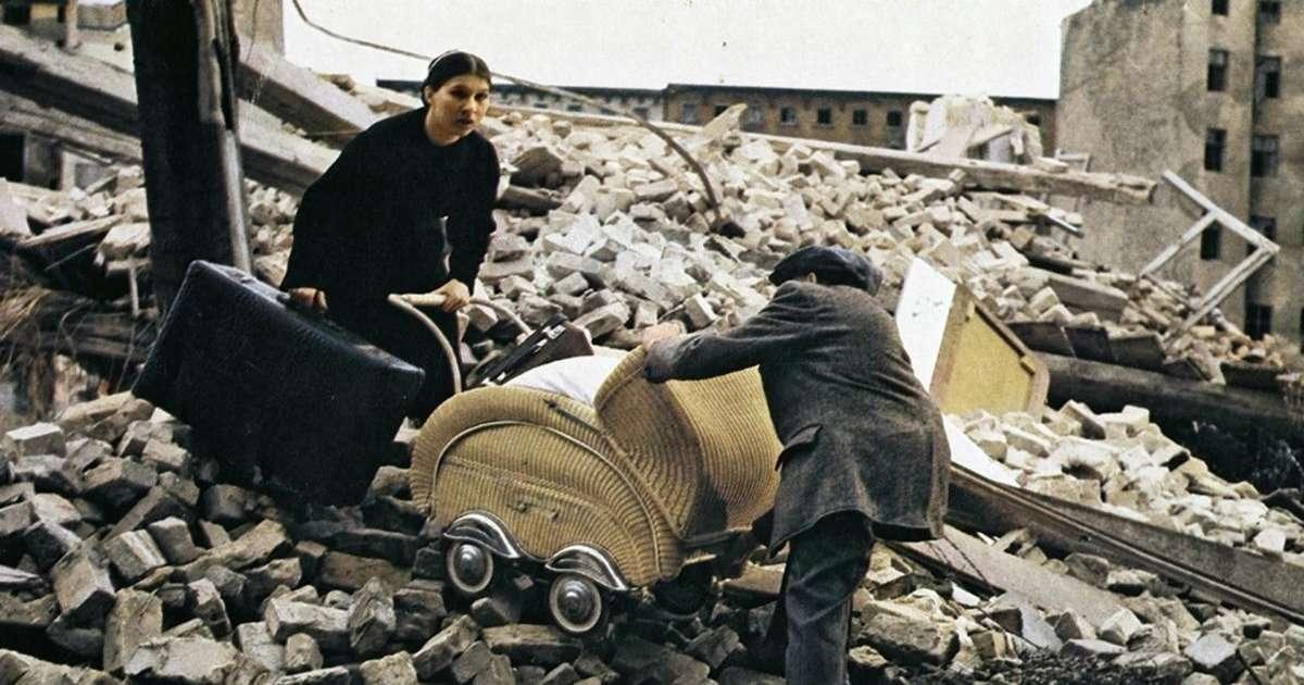 Kadın Yönetmenler - Germany, Pale Mother / 1980