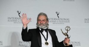 Haluk Bilginer Uluslararası Emmy Ödülü